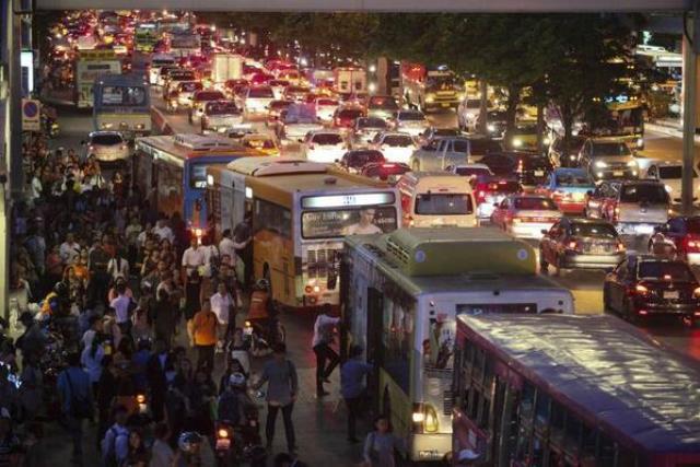 Weiterhin heftige Staus in Bangkok