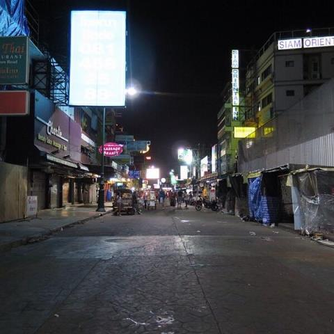 Aktuell auf der Khao San Road in Bangkok